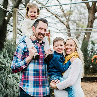 Chiropractor Oak Lawn IL Dr. Nathan Ruof and Family