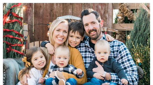 Chiropractor Oak Lawn IL Nathan Ruof and Family